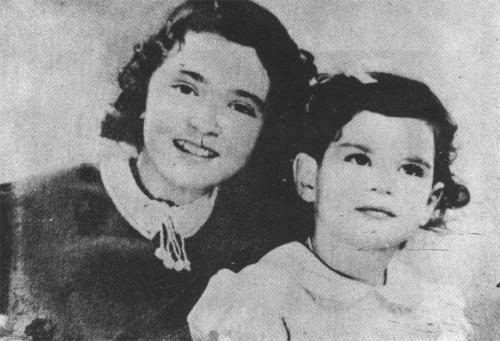 Maryam Jameelah and her sister: 1938